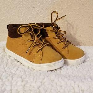 Toodler boy boots